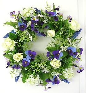 Tuerkranz-Sommer-creme-lila-28cm-Tischkranz-Fruehling-Blueten-Wand-Kranz-Hochzeit