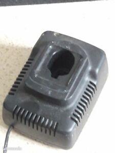 Chargeur de batterie ELU ou DEWALT