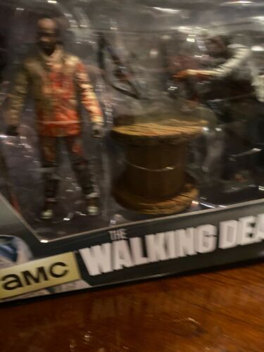 AMC The Walking Dead Morgan with Impaled Walker Deluxe Boxed Set Series 8 MISB