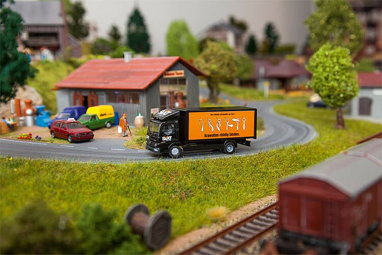 Faller HO 161561 Camion MB Atego Sixt Herpa article neuf