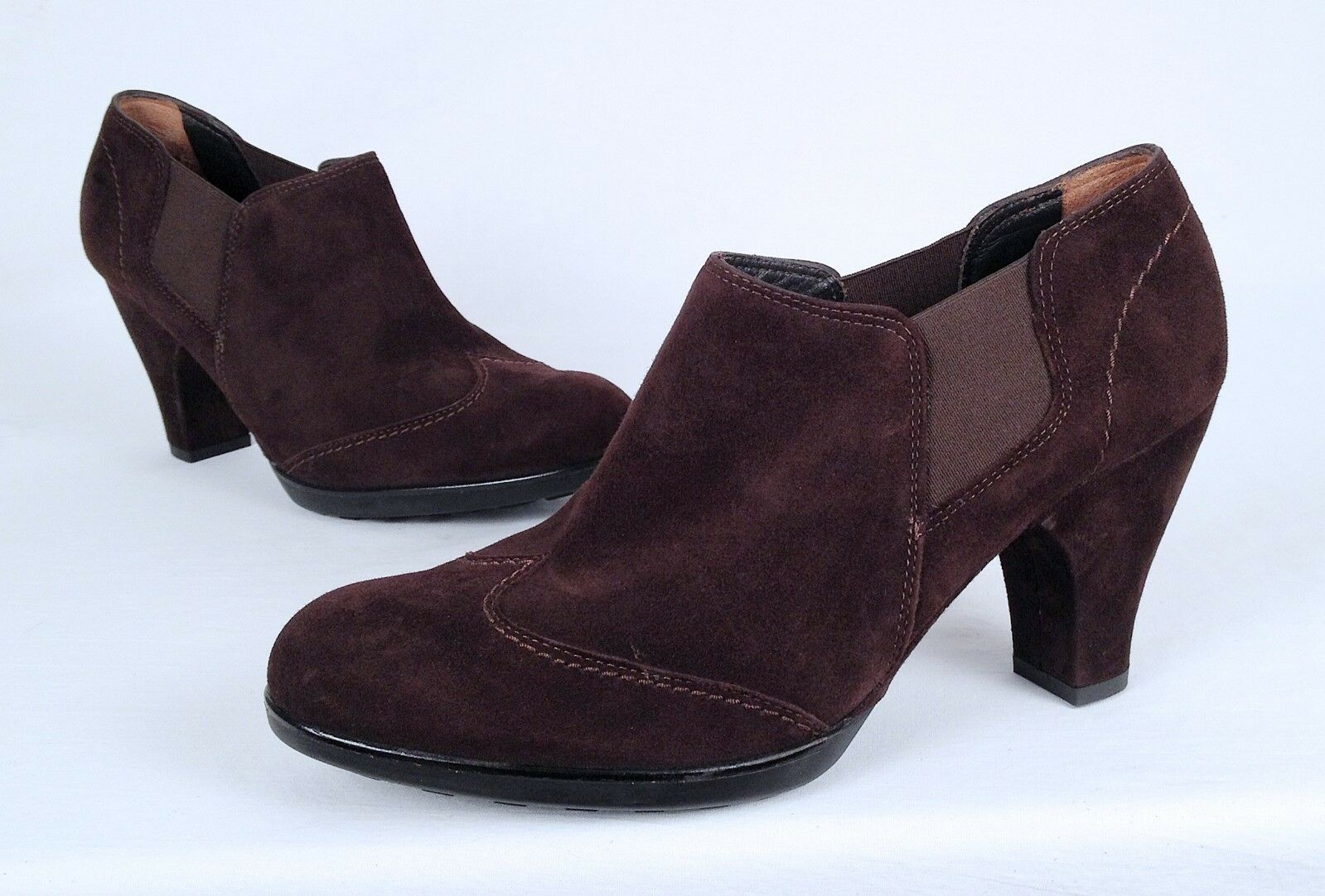 NEW!! Paul Green Wingtip Chelsea Boot- Brown- Size 9 US/ 6.5 AU  380   (A1)