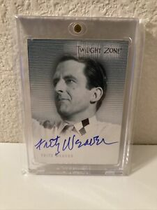 Twilight Zone Series 1 Premiere edition A12 Fritz Weaver autograph card AMAZING