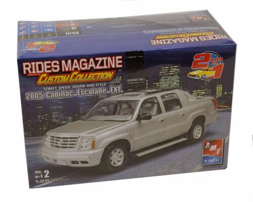 Rides Magazine 2005 Cadillac Escalade EXT Model Kit AMT / ERTL  -  FREE US SHIP