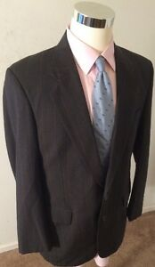 JOS-A-BANK-MENS-40R-EXECUTIVE-COLLECTION-100-WOOL-2-BUTTON-GRAY-PINSTRIPE-SUIT