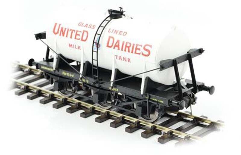 Dapol 6 Wheel Milk Tank United Dairies O Gauge DA7F-031-000