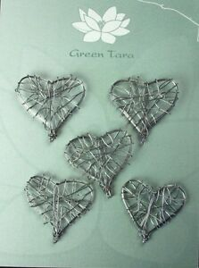 WIRE-HEART-Embellishments-5-Pack-SILVER-Size-30-x-30mm-Green-Tara