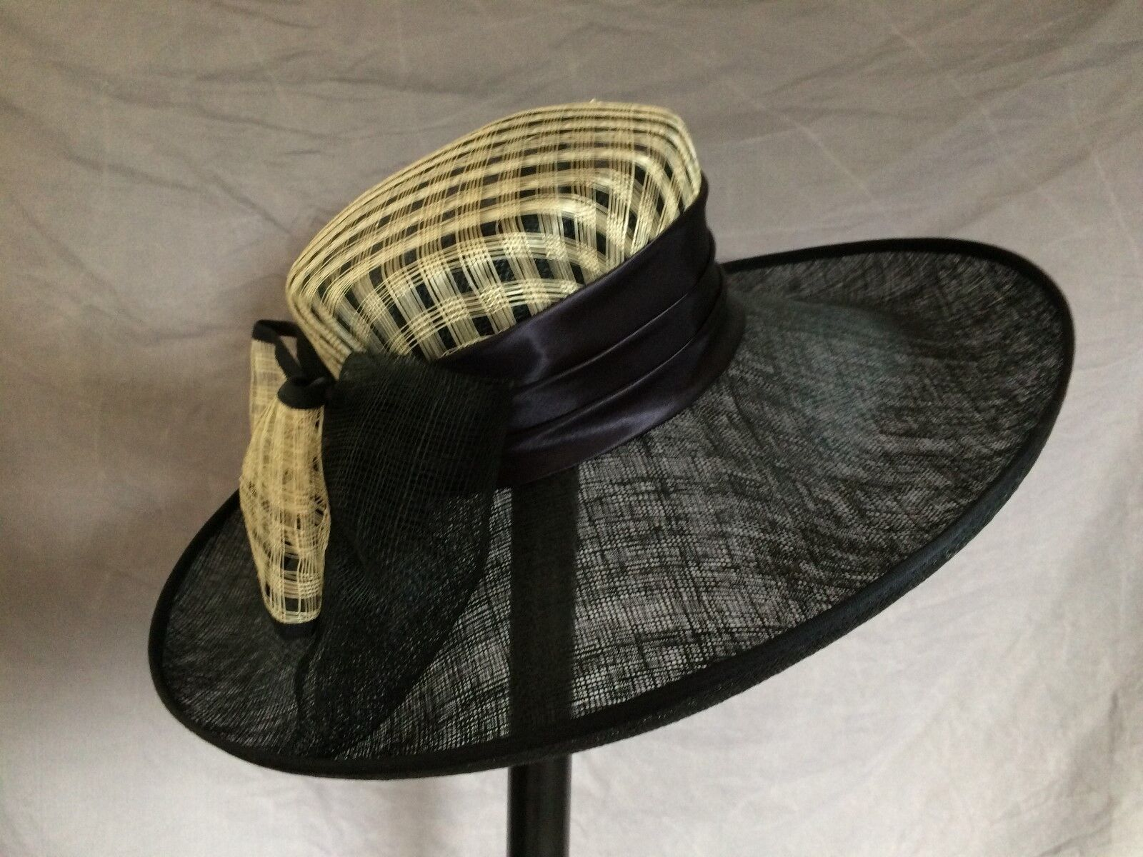Womens formal hat races occasion beautiful wedding natural fibre cloth Chester