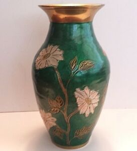 A Large Chinese Cloisonne Vase circa 1900-1920.