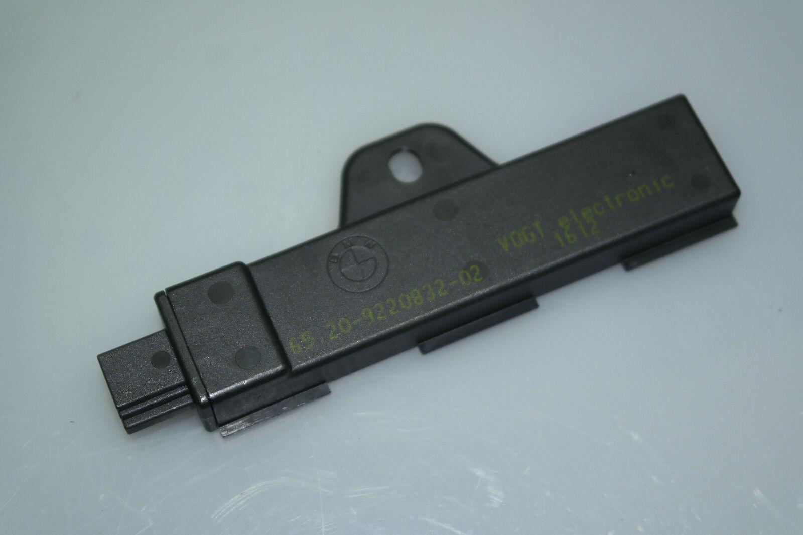 BMW 7er F01 F02 5er F07 F10 F11 Innenraumantenne Komfortzugang Antenne 9220832