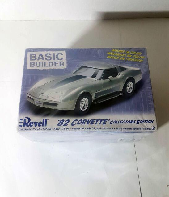 REVELL Collectors Edition '82 CORVETTE BASIC BUILDER MODEL KIT!