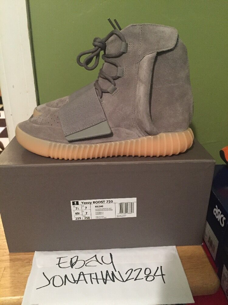 Adidas Yeezy Boost 750   Light Grey Gum Glow   Deadstock Size 7.5