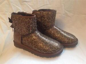 Image is loading UGG-AUSTRALIA-WOMENS-MINI-BAILEY-BOW-GLITTER-BRONZE-