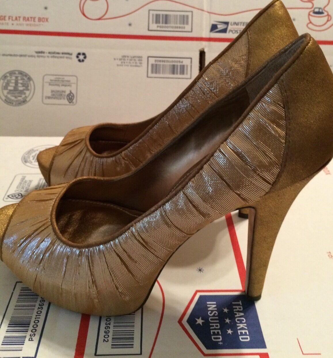 10 NEU Vince Camuto Bronze Fabric & Leder Platform Schuhes