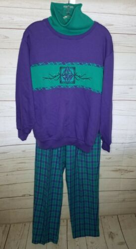 Vintage 80s Jantzen purple turtleneck sweatshirt &