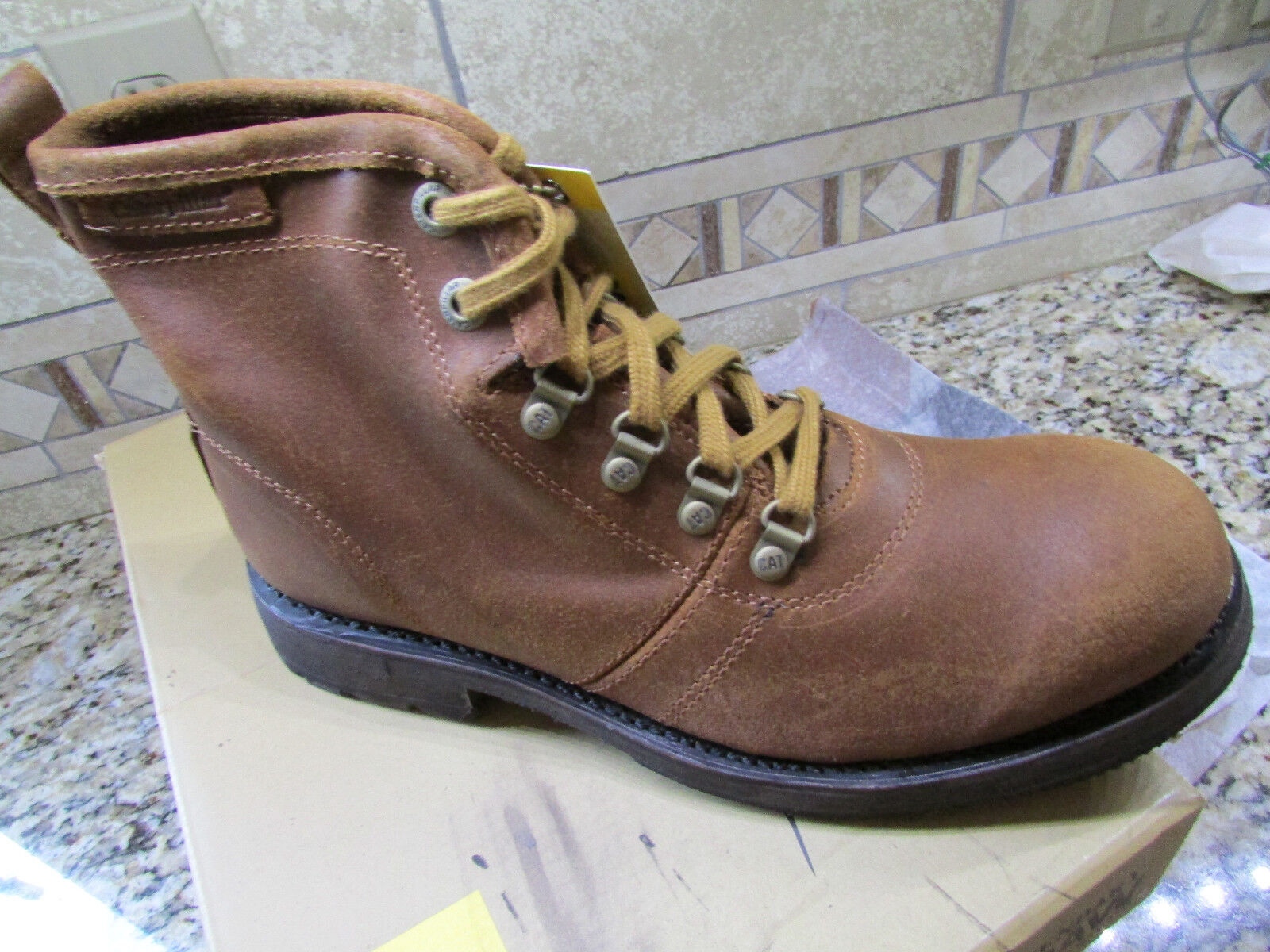 NEW CAT CATERPILLAR RUEBEN COGNAC WORK BOOTS MENS 9.5 P717864 LEATHER