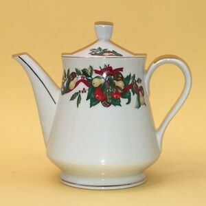 Vintage Seasonal 'Christmas Bounty' China Coffee / Tea Pot by AMC N.Y. N.Y.