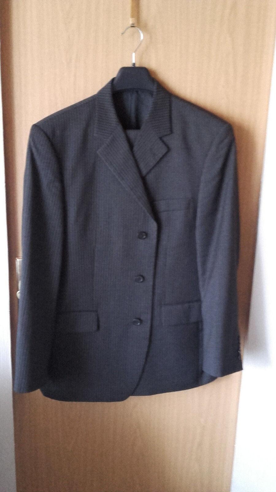 Herren Anzug anthrazit mit zartem Streifen Gr. 27