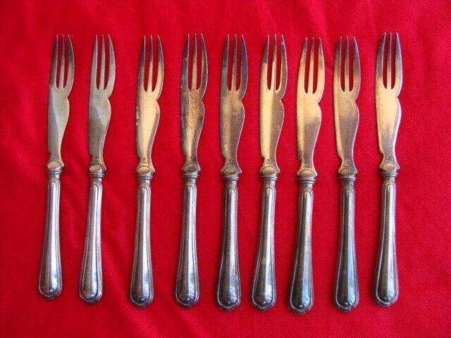 Lot 9 Christofle fourchettes à Melon métal argenté, couleur argent Christofle