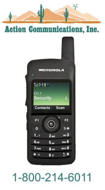 NEW MOTOROLA SL7550, UHF 450-512 MHZ, 2 WATT, 1000 CHANNEL TWO WAY  RADIO