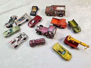 Lot-of-13-VTG-Mixed-Hot-Wheels-Matchbox-Tootsie-Toy-more-die-cast-cars-Trucks
