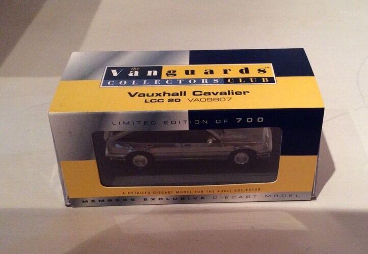 LOW CERTIFICATE NUMBER LCC20 - Corgi Vanguards Chrome Vauxhall Cavalier, VA09807