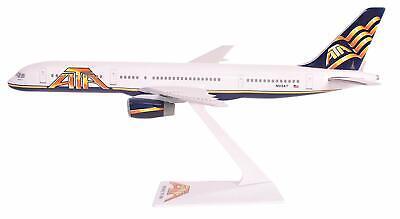 Flight Miniatures Eva Air Boeing 767-300ER Old Hue Desk Top 1//200 Model Airplane