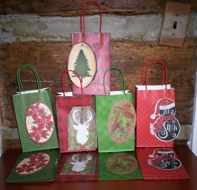 """New Red Dove Holiday Gift Bag Lot of 16 Bags 6.5/"""" x 5/"""" x 3/"""" Burlap Handle"""