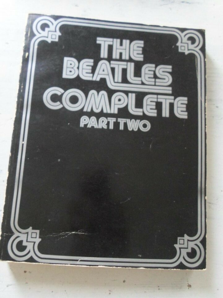 The Beatles Complete Part Two 1974 Vintage , Guitar Piano