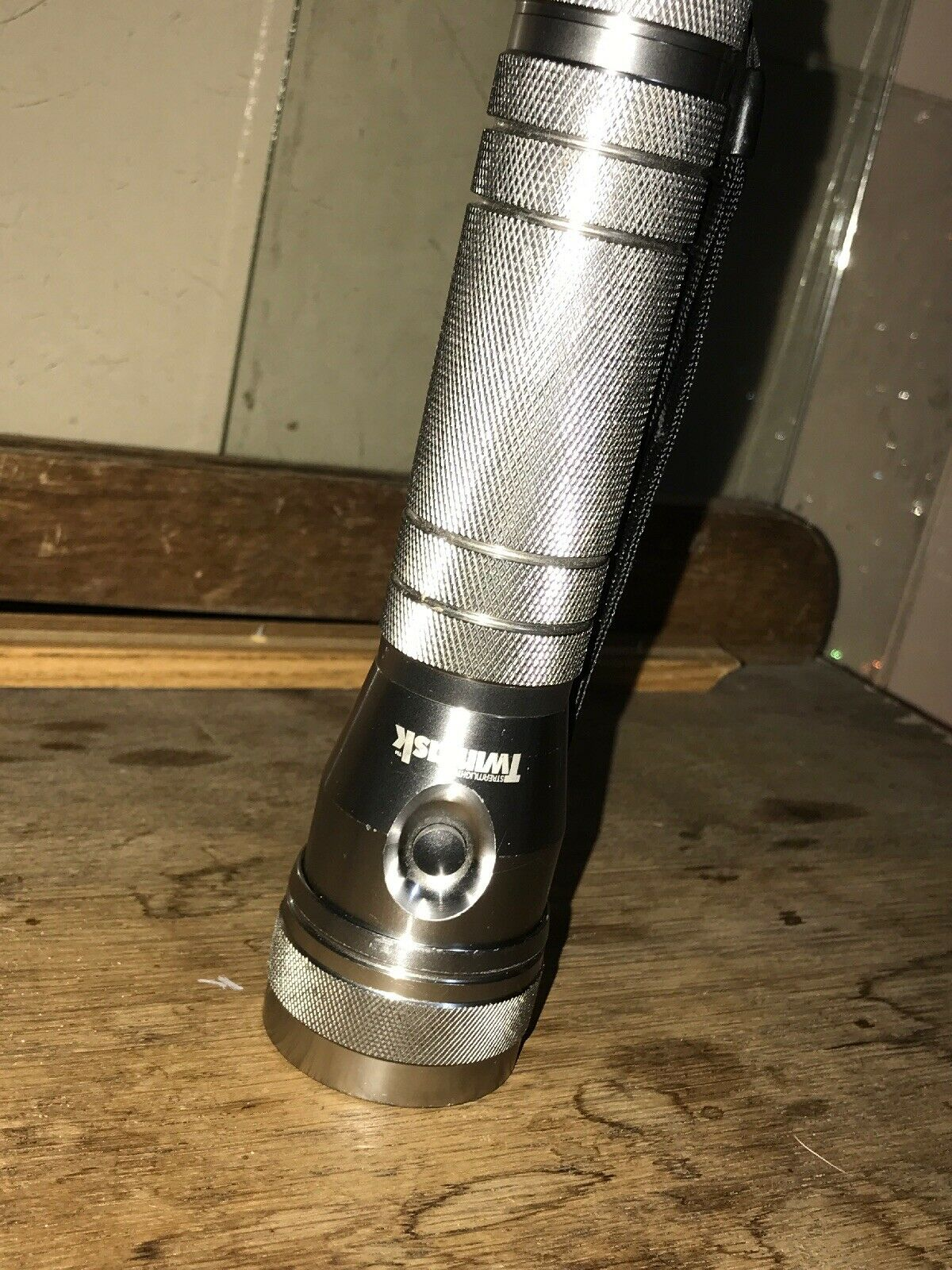 Twin Task Full Metal  Body Flashlight  come to choose your own sports style