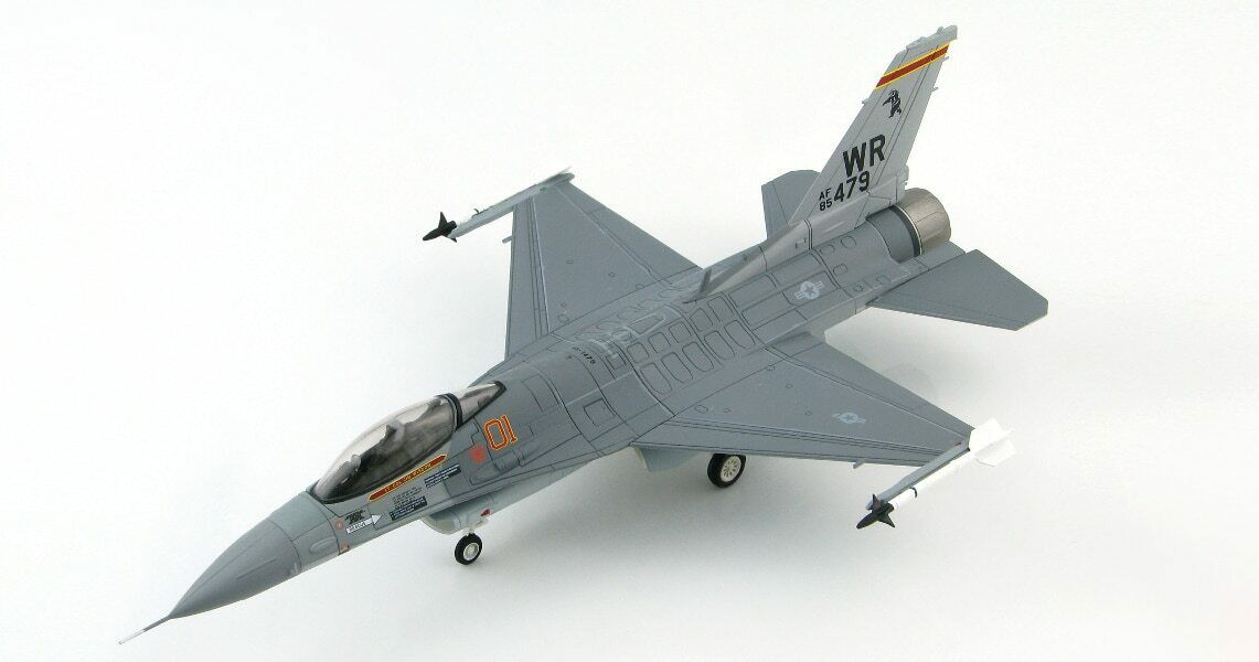 HOBBYMASTER 1 72  LOCKHEED F-16C FIGHTING FALCON 527TH CO BRENTWATERS AGGRESSORS
