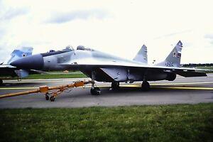 4-413-2-Mikoyan-MIG-29-Russian-Air-Force-156-Kodachrome-slide