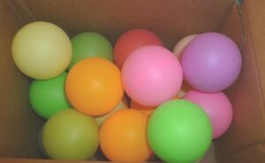 NEW LOT 20 ASSORTED COLORS COLORFUL PING PONG BALLS CAT TOYS BPA FREE NO CRACK