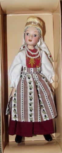 Eastern European Jewish costume. Folks costumes DeAgostini porcelain doll