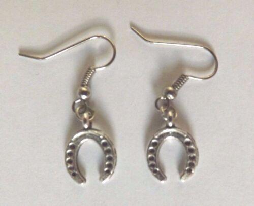 Boucles d/'oreilles argentées porte bonheur fer à cheval 15x11mm