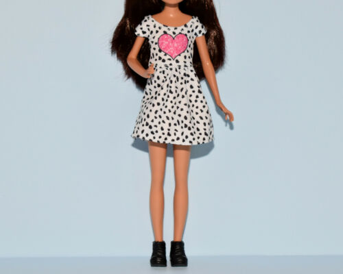 Assorted Lot Barbie Dresses Skirt /& Top Outfits Fashions Genuine BARBIE -M16