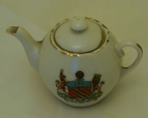 Fairy-Ware-Crested-China-Teapot-Manchester-8cm-long
