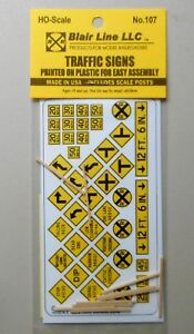 YELLOW-TRAFFIC-SIGNS-HO-SCALE-TRAIN-LAYOUT-DIORAMA-BLAIR-LINE-107