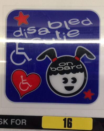 BNWT Indoor Finestra Auto Divertente Adesivo disabilitato Cutie Ragazza a bordo