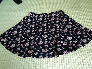 FOREVER-21-Juniors-Skirt-Size-XS-Black-Floral-A-Line-Above-Knee-Mini-Casual-KW