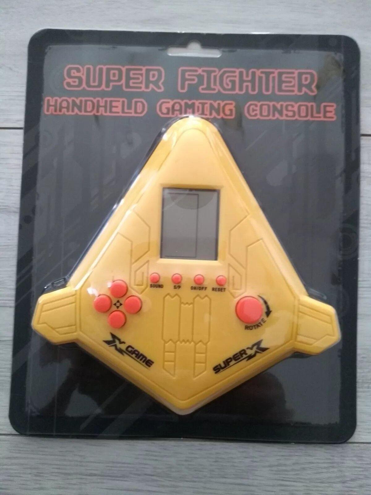 Retro Super Fighter Handheld Gaming Console Perfect Xmas Present BNIB Free Post