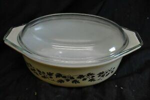 Pyrex Vintage 043 1.5 qt. Gold Acorn Leaf Casserole Dish With Lid -A15