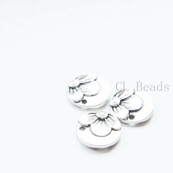 10pcs Oxidized Silver Tone Base Metal Flower Tags-Round 15mm (6401Y-C-304)