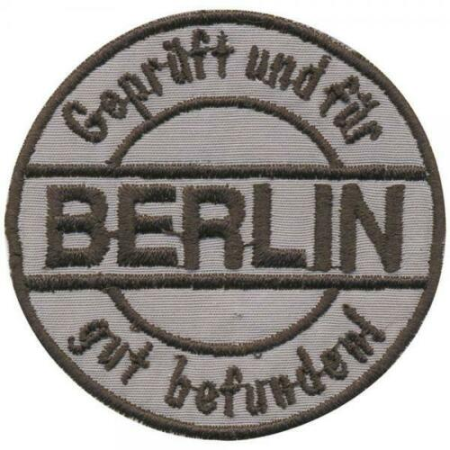 Gr Patches Stick Applikation AUFNÄHER Berlin ca .6cm 03135