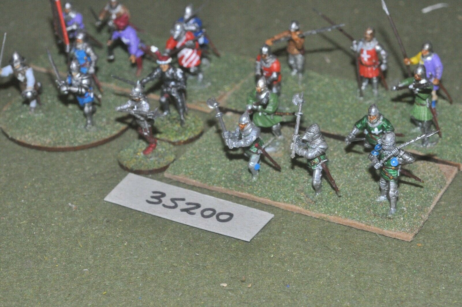 25mm medieval   burgundian - men at arms (plastic) 20 figures - inf (35200)