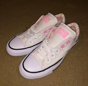 1d9fedb1491f Converse Chuck Taylor All Star Madison Ox Size 5 US Women s White ...