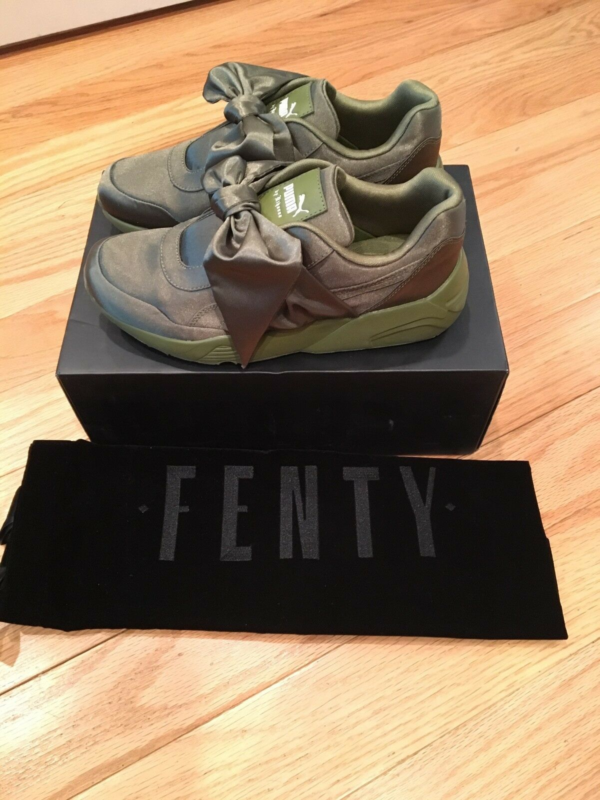 PUMA Women's Bow Bow Bow Sneaker Fenty by Rihanna Olive Branch Size 7 NEW 008af9