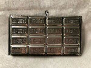 Vintage-Hershey-039-s-Chocolate-Candy-Bar-Mold-for-16-Squares-Metal-Decoration-Food