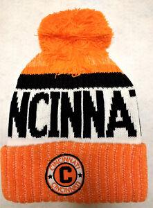 8bc74a80 Details about Cincinnati Bengals Team Color Landmark Patch Pom Pom Knit  Beanie Hat
