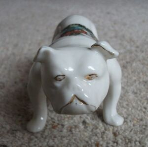Arcadian-Crested-China-British-Bulldog-with-Bristol-Crest
