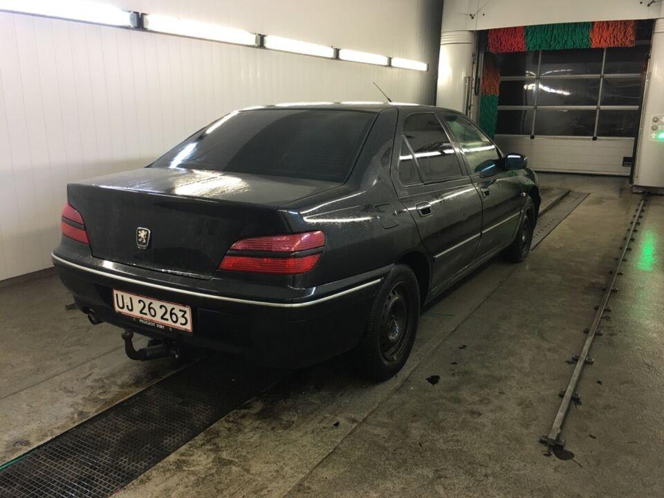 Peugeot 406 2,2 TS4 Benzin modelår 2001 km 239000 Sort træk